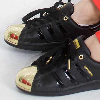 adidas sneakers gold toe black